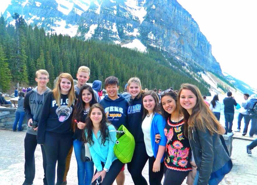 Group-at-Lake-Louise