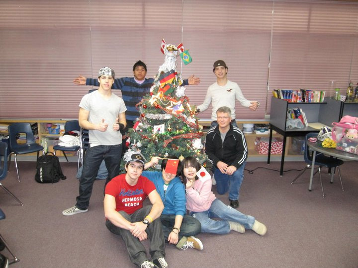 decorating-Christmas-tree-in-ESL-class