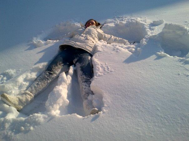 making-snow-angels