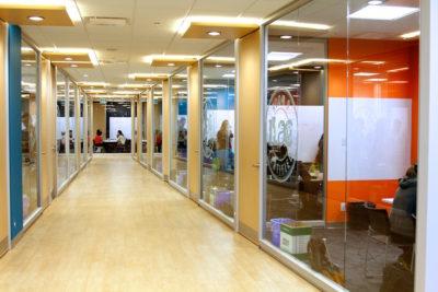 ILAC バンクーバーキャンパス廊下2